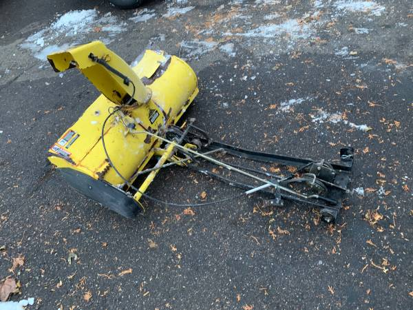 Photo John Deere 42 Snowblower Attachment-Fits LX, GT-Delivery Available - $625 (Bloomington)