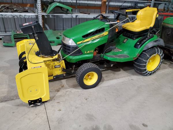 Photo John Deere LA175 lawn tractor with snowblower and cab - $2,000