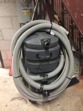 Photo NINJA CLASSIC PORTABLE CARPET EXTRACTOR - $875