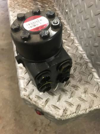 Photo Orbital steering valve NEW - $75 (Cambridge)