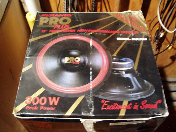 Photo Pyramid Pro PW126G New In Box 12 Inch Woofer - $80 (Eagan)