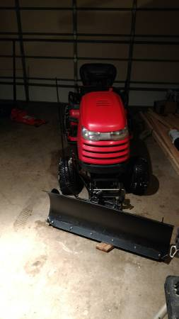 Photo Simplicity Conquest Garden Tractor snow plow - $2,300 (Andover)