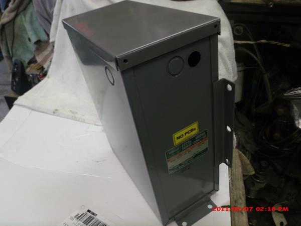 Photo Sprague power capicitor 25 KVAR 480 v 3 ph cat 2543CEU nice shape - $88 (bloomington)