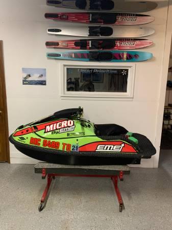 Photo Stand Up Jet Ski - $7999 (Prior Lake)