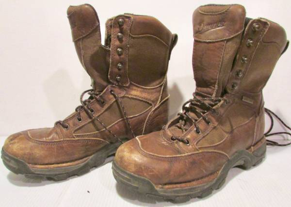Photo Used Hunt, Military, Sport  Work Boots, Danner Red Wing KEEN Others - $40 (Victory Neighborhood N Mpls)