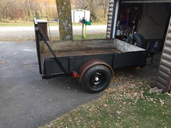 Photo Utility trailer 5x8 Hd w r - $800 (Maple lake)