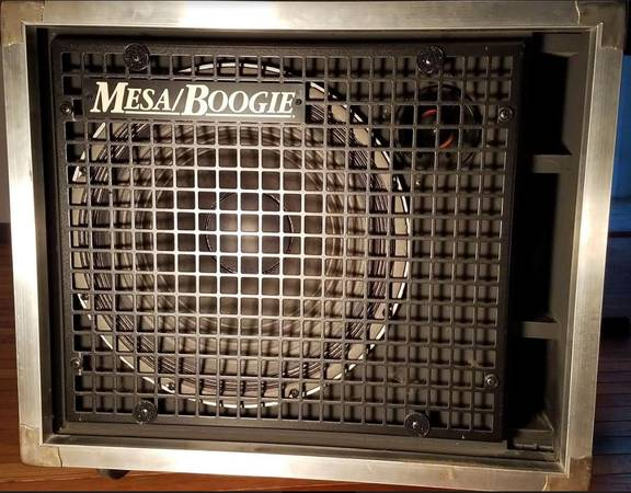 Photo VINTAGE Mesa Boogie Road Ready 1x15 with Horn in MINT Condition - $650 (Edina)