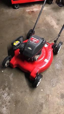 Photo Yard Machines, 4hp, 22, Lawn Mower - $100 (Eagan)