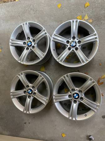 Photo 17Inch BMW OEM Silver Wheels - $350 (Missoula)