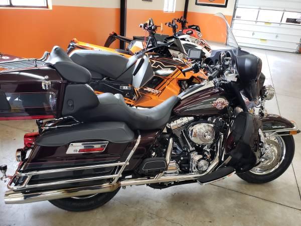 Photo 2006 Harley Ultra - $9,500 (Trout Creek)