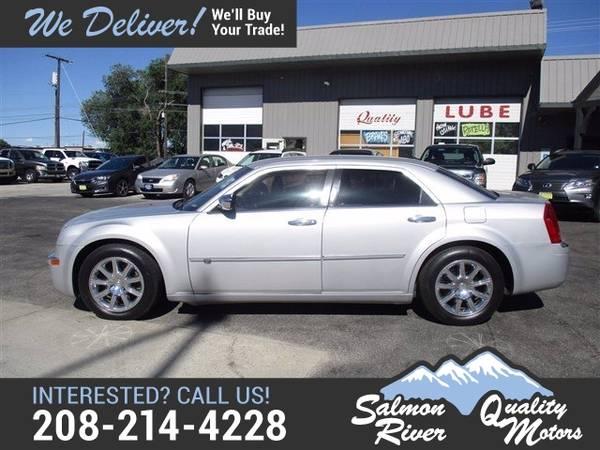 Photo 2009 Chrysler 300-Series C Hemi - $7,995 (_Chrysler_ _300-Series_ _Sedan_)