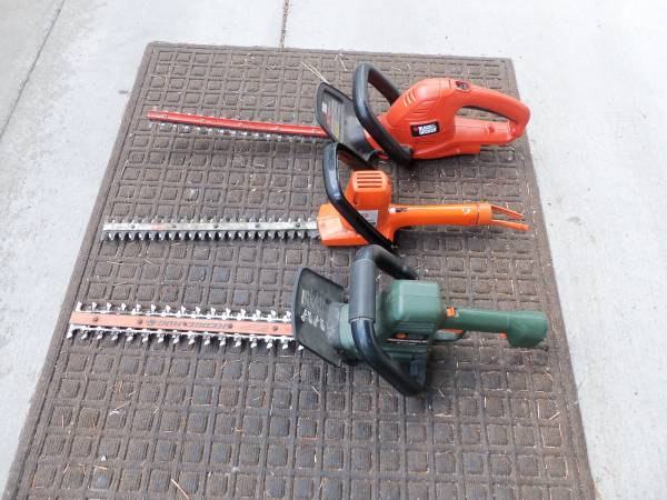 Photo 2 - Black and Decker Hedge Hog or Shrub and Hedge Trimmers - Choice - $48 (MSOLolo)