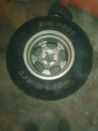 Photo 31x10.5 R 15quot tires and rims - $600 (Arlee)