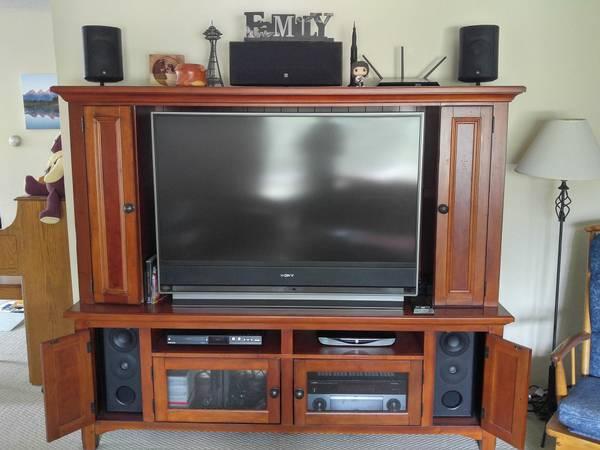 Photo Acoustic Research 7.1 speaker system - $1,000 (Hamilton)