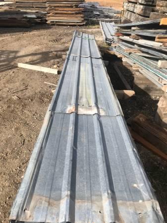 Photo Galvanized Delta Rib Metal - 1160 sq39 coverage - $50 (Potomac)