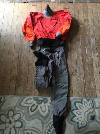 Photo Kokatat Dry Suit Gore-Tex - $950