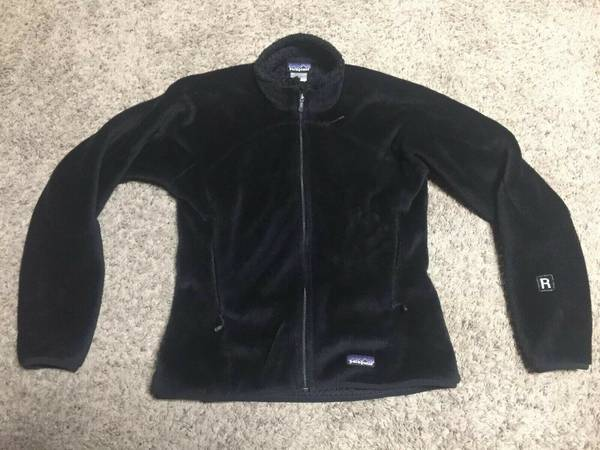 Photo Patagonia R4 Regulator Plush Deep Fleece Black Full Zip Jacket Women M - $60 (Missoula)