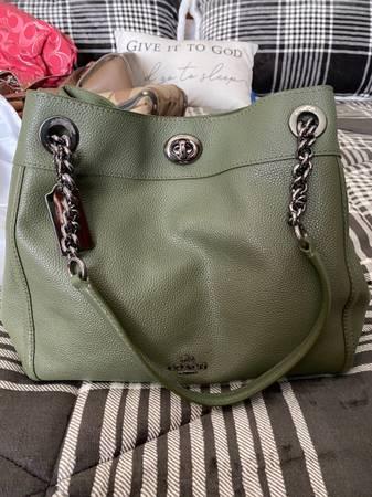 Photo Used Coach bag - $100