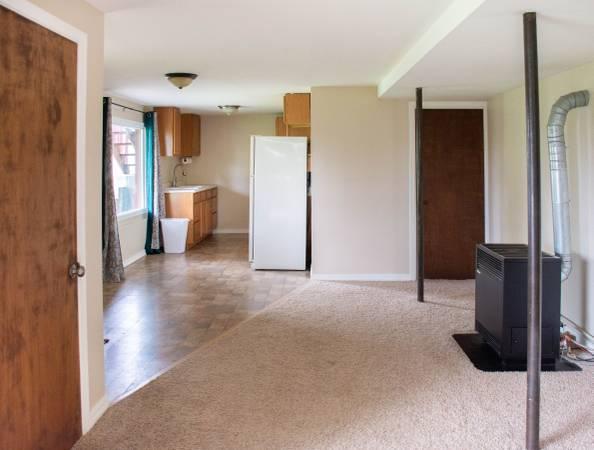 Photo Walkout basement apartment for rent (South Hills, Missoula)