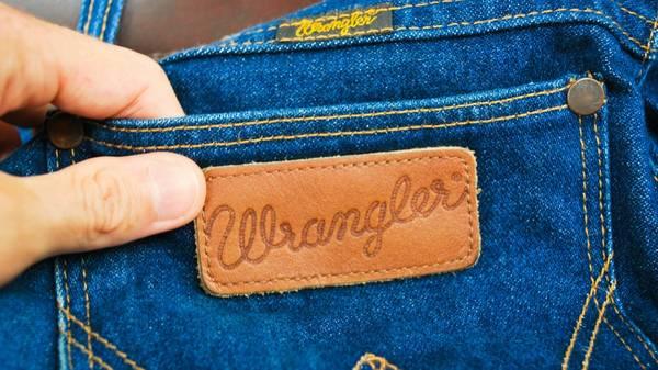 Photo Wrangler Jeans 5 PAIR (38 x 30) - $100 (missoula)