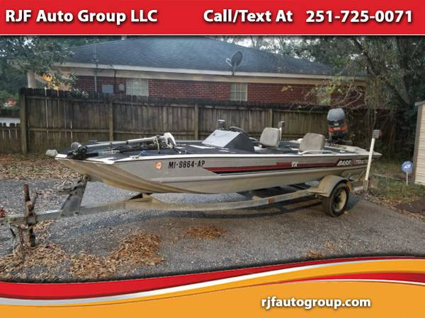 Photo 1988 Bass Tracker Bass Boat - $2990 (Mobile, AL 36609)