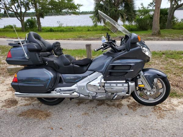 Photo 2005 Honda Goldwing (27,750 miles) - $9,500 (Pensacola)