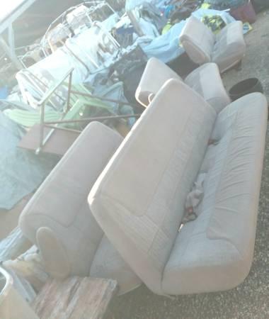Photo 96 ford e350 Econoline Club Wagon seats (Mobile Flea Market)