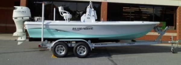 Photo BRAND NEW 2019 Tidewater 2200 Purebay w 175 Suzuki 4 stroke - $47000