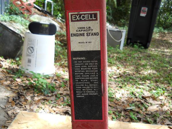Photo EX-CELL 1,000 LB. Engine Stand Model W 1001 - $50 (Eight Mile)