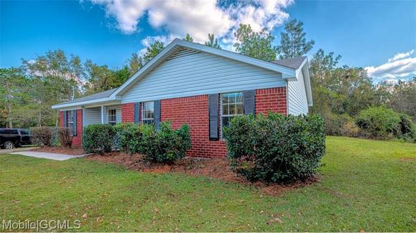 Photo House of the week Home in Mobile. 3 Beds, 2 Baths (MOBILE)