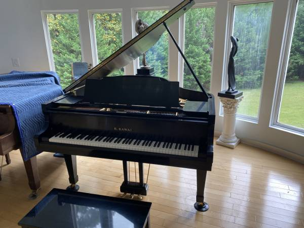 Photo KAWAI KG-2 GRAND PIANO in Ebony Satin- FREE DELIVERY  SETUP - $4,950 (Atlanta  Free Delivery)