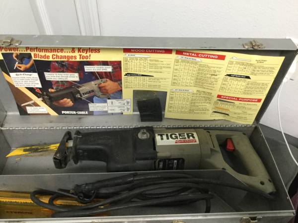 Photo PORTER CABLE TIGER SAW RECIPROCATING SAW - $50 (Foley)