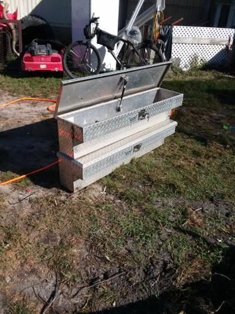 Photo Side mount diamond plate aluminum toolboxes - $150 (Orange Beach)
