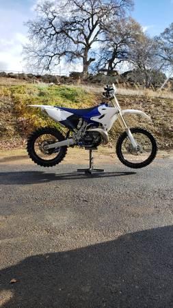 Photo 17 Yamaha Yz250X 2 stroke dirt bike - $5,900 (La Grange)