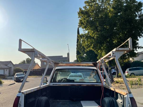 Photo 1988 GMC , free custom roof rack - bring your tools and take it ((TRACY))
