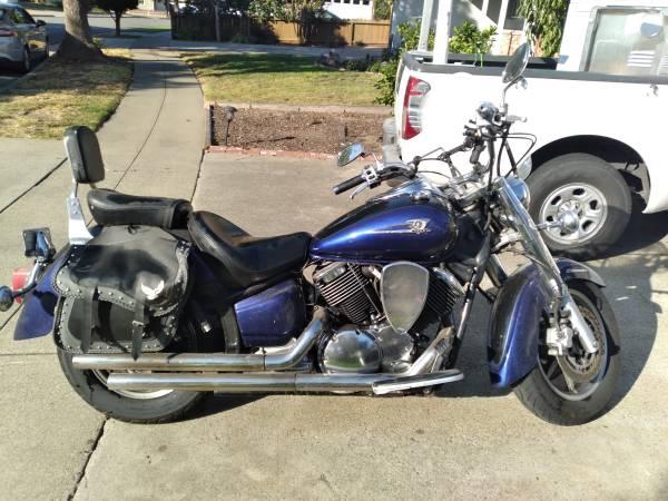 Photo 2005 Yamaha Vstar 1100 CC - $2,000 (Modesto)