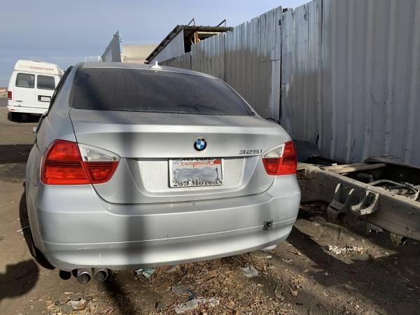 Photo 2006 BMW 325I (Parting Out) (Modesto)
