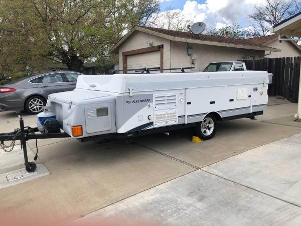 Photo 2006 Fleetwood Utah pop tent trailer with slide - $5300 (Sacramento)