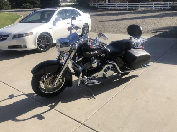 Photo 2006 Harley Davidson Road King Custom - $9,800 (Oakdale)