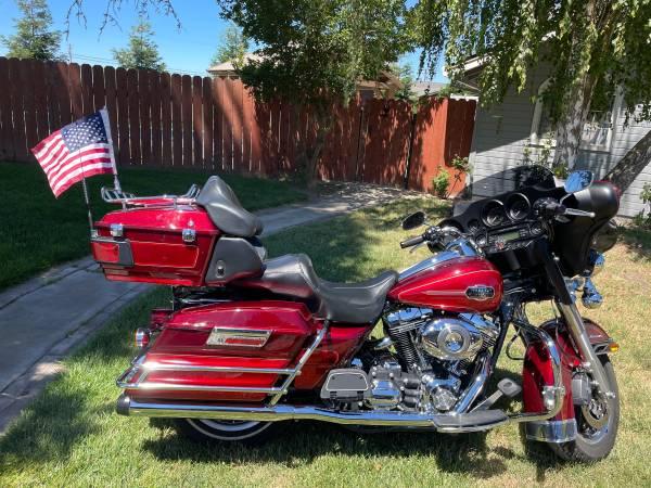 Photo 2008 Harley Davidson FLHTCU Ultra Classic Electra Glide - $14,000 (Hickman, CA)