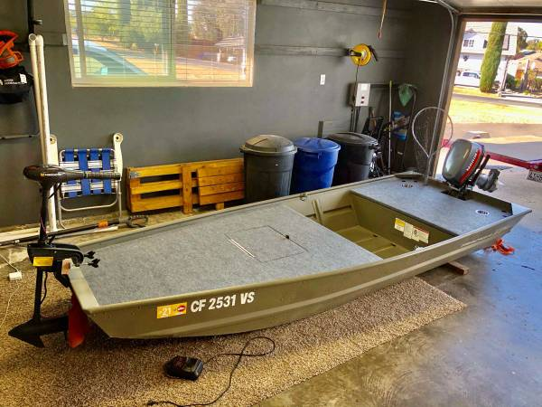 Photo 2019 Tracker Topper 12W Jon Boat with Trailer - $3,500 (Valley Springs, CA)