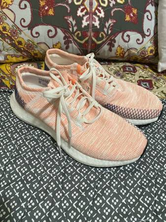Photo Adidas Women39s Pureboost Go Running Shoes Orange Cloud White Size 10W New (witho - $75