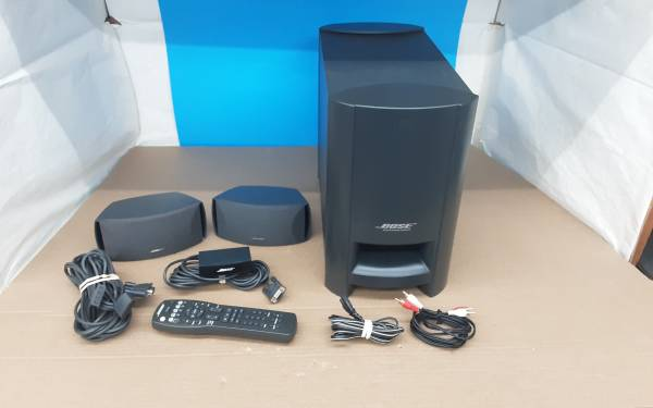 Photo Bose CineMate home theater system - $80 (Modesto)