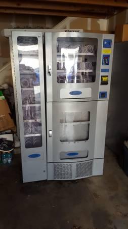 Photo Brand New Vending Machines - Deli Express Combo - Estate Sale - $1 (Turlock)