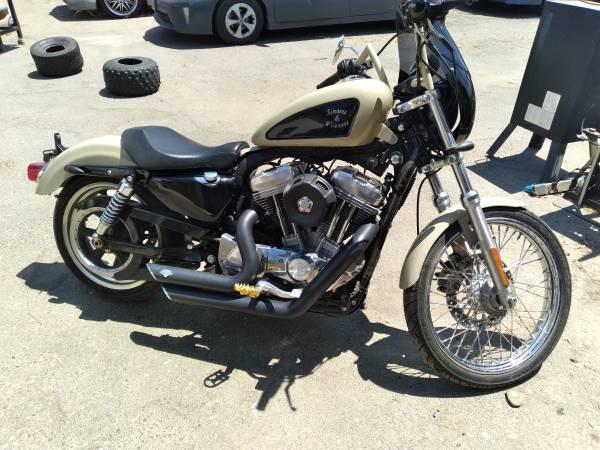 Photo Custom Harley Sportster 883 - $6,500 (Turlock)