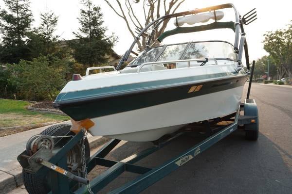 Photo FS 9739 Ski Brendella Open Bow Wakeboard Boat 21ft Great Condition - $18,000 (Modesto)