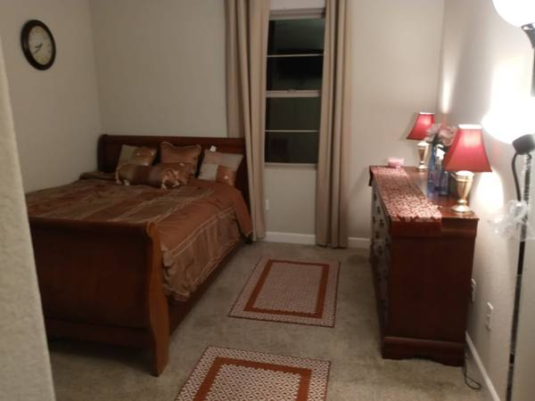 Photo For rent----2Bed room Suite in Manteca, ca IN A HOUSE (Manteca)