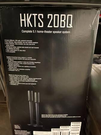 Photo Harman Kardon HKTS 20BQ 5.1 Home Theater Surround Speaker System - $180 (Modesto)