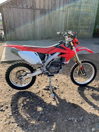 Photo Honda crf450X dirt bike - $4,600 (Turlock)