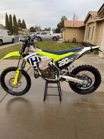 Photo Husqvarna TE 300 - $8,500 (modesto)